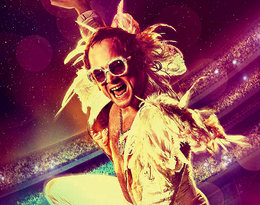 Taron Egerton jako Elton John w biograficznym musicalu Rocketman