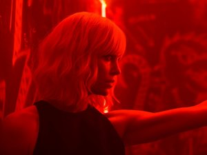 fotos z filmu Atomic Blonde. Monolith Films