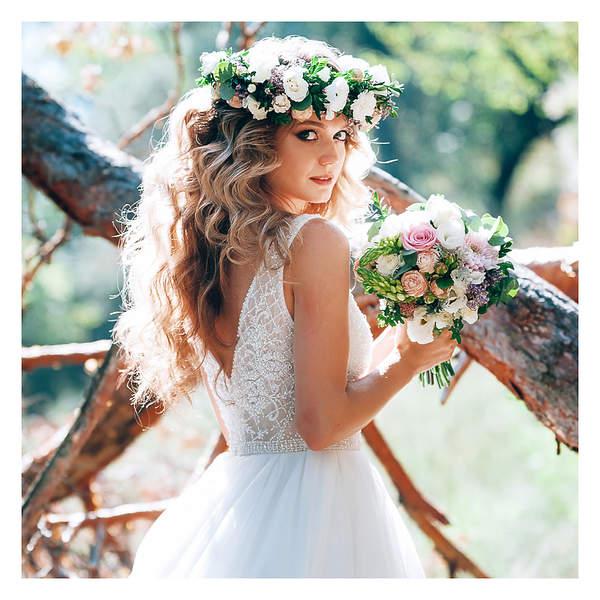 fryzury boho wiosna 2021 na ślub