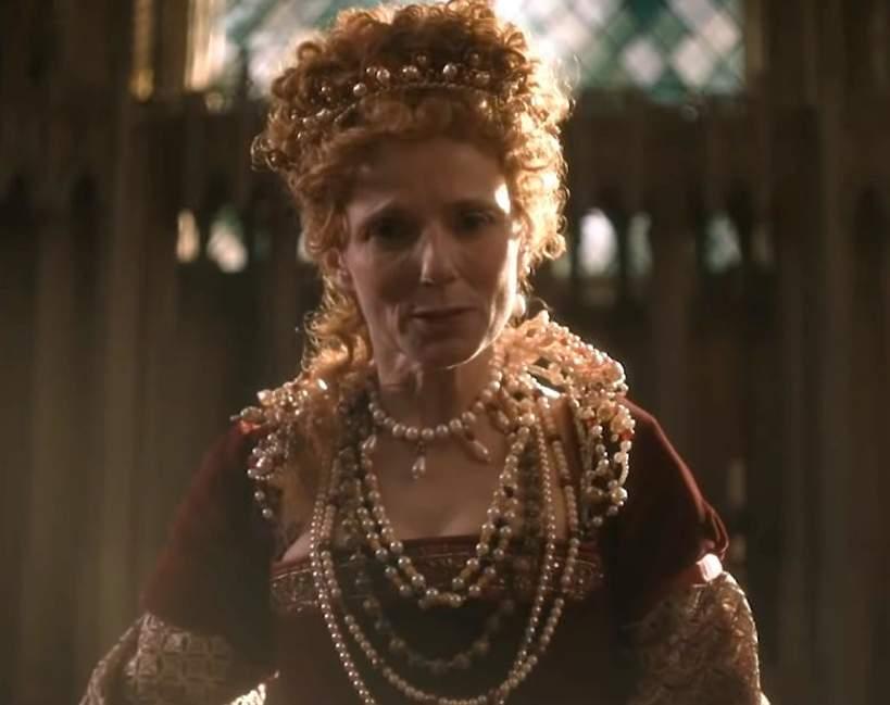 Geri Halliwell jako krolowa Elzbieta II