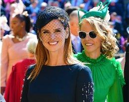 Głębokie dekolty i pogrzebowe stylizacje… One złamały dress code na książęcym ślubie!