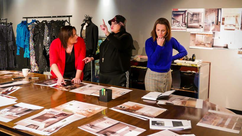 Gosia Baczyńska i zespół Ceramiki Paradyż w atelier projektantki