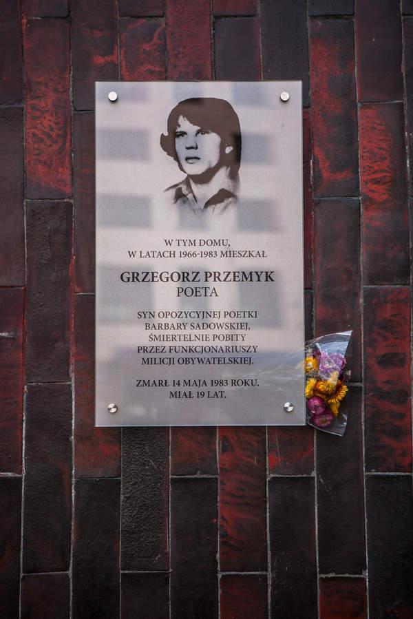 Grzegorz Przemyk - historia opozycjonisty, zabitego na posterunku milicji w Warszawie w 1983 roku