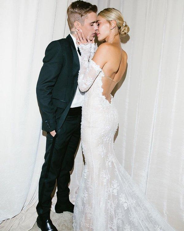Hailey Bieber, Justin Bieber, suknia ślubna