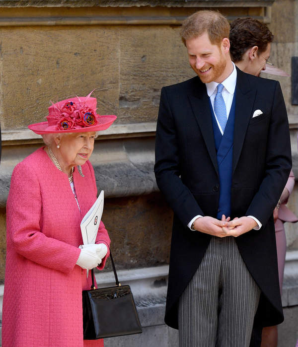 Harry wyda wspomnienia po śmierci królowej Elżbiety II?