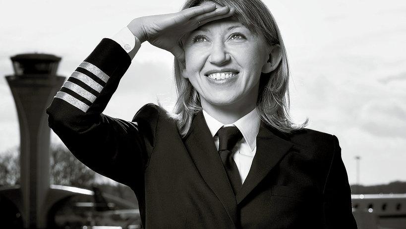 Izabela Lechowicz, Polska pilotka