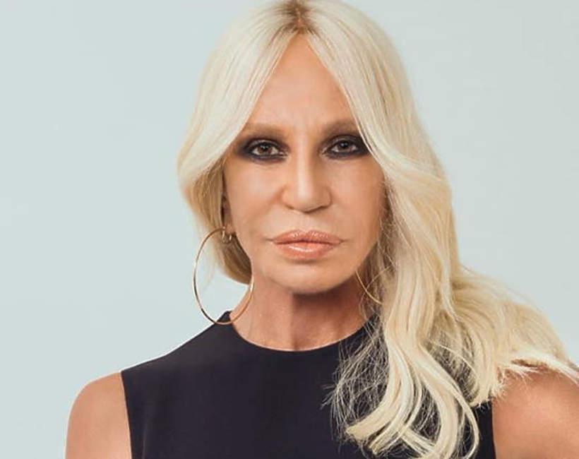 Jak-teraz-wyglada-Donatella-Versace-65-lat-2020
