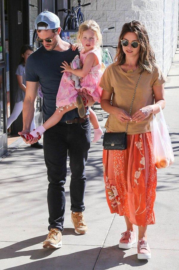 Jamie Dornan z żoną i córką