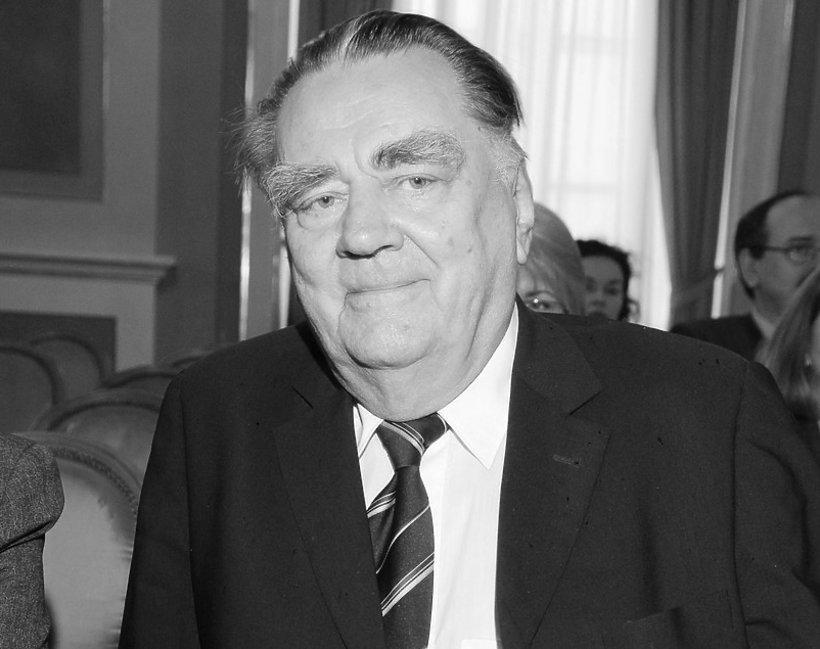 Jan Olszewski, były premier nie żyje