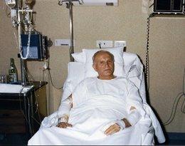 Jan Paweł II w szpitalu po zamachu w 1981 roku