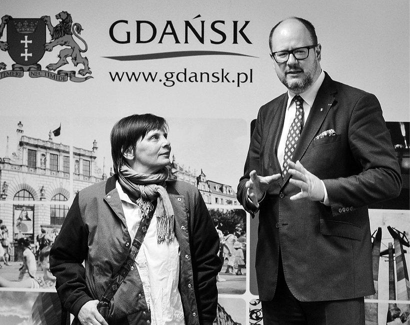 Janina Ochojska, Paweł Adamowicz