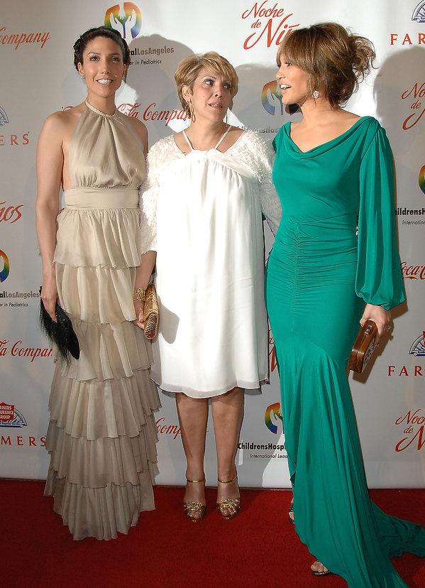 Jennifer Lopez, Guadalupe Lopez, Lydia Lopez