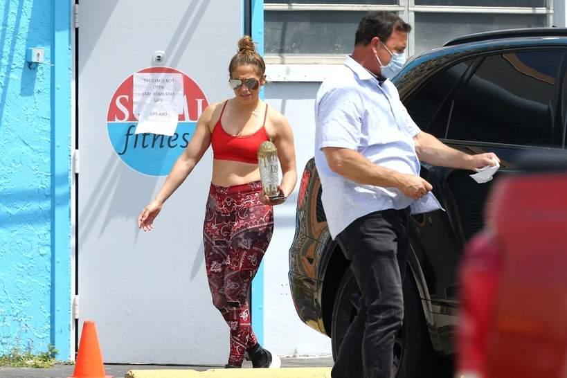 Jennifer Lopez, koronawirus, siłownia