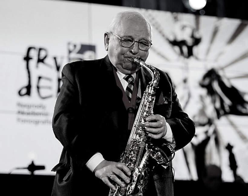 """Jerzy """"Duduś"""" Matuszkiewicz nie żyje. Muzyk jazzowy, saksofonista i kompozytor zmarł w wieku 93 lat"""