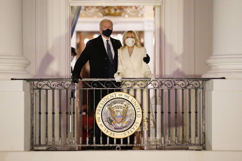 Jill Biden z mężem po zaprzysiężeniu. Gdzie pracuje żona Joe Bidena?