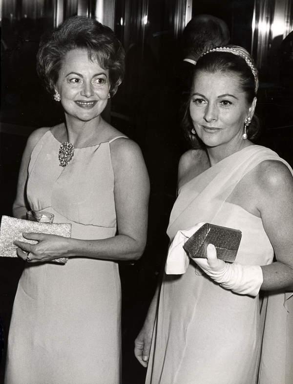 Joan Fontaine, Olivia de Havilland