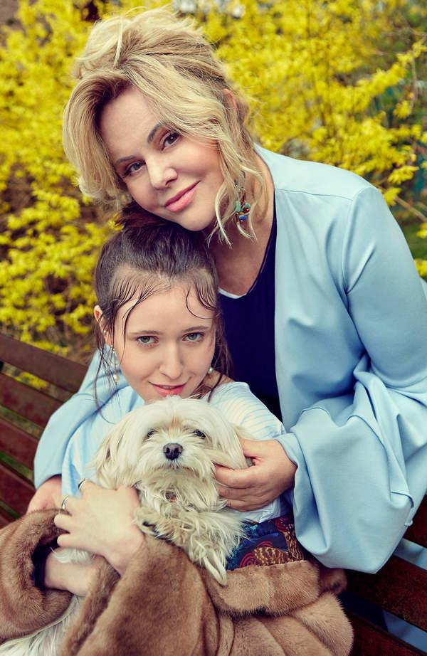 Joanna Kurowska z córką, VIVA! maj 2021