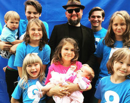 Joszko Broda ma jedenaścioro dzieci. Jak wygląda ich codzienne życie?