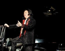 Józef Oleksy jako Elvis Presley, VIVA! sierpień 2002