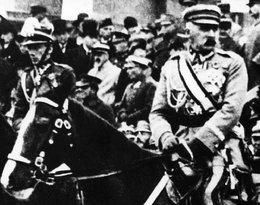 """Historia jak z powieści sensacyjnej. Obraz Wojciecha Kossaka """"Piłsudski na Kasztance"""" odnaleziony po 20 latach"""
