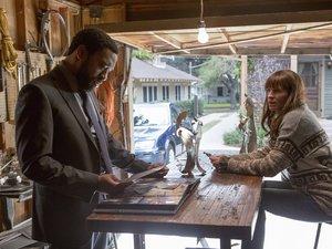 Julia Roberts i Chiwetel Ejiofor w filmie Sekret w ich oczach`