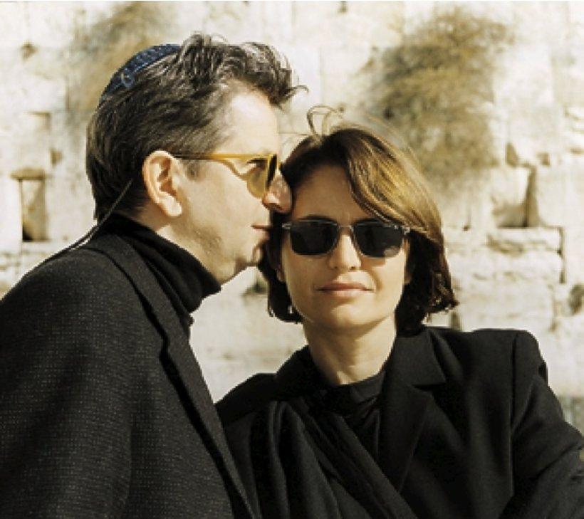 Juliusz Machulski z żoną Ewą pod Ścianą Płaczu w Izraelu