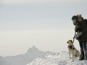 kadr z filmu Pomiędzy nami góry. Imperial Cinepix