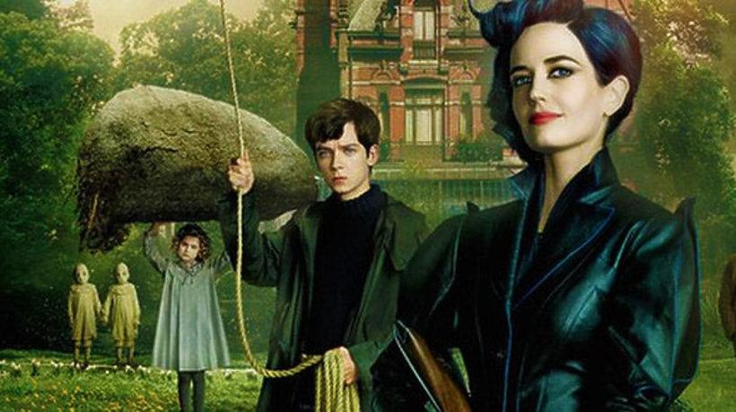 """Kadry z filmu """"Osobliwy Dom Pani Peregrine"""""""