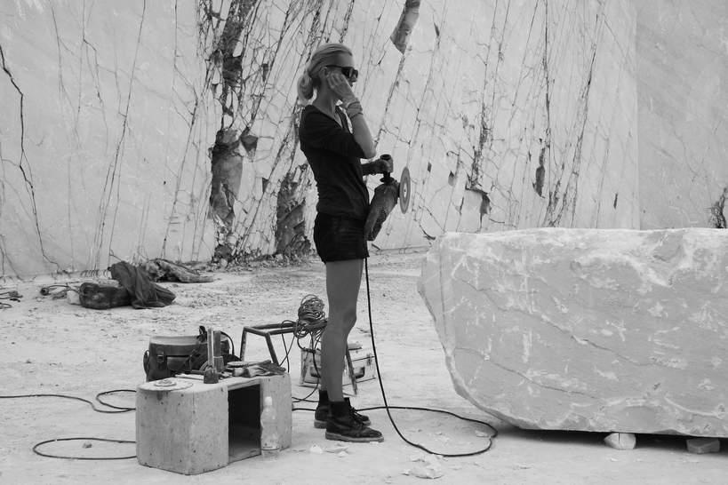kamieniołom Michelangelo Carrara, Monika Osiecka