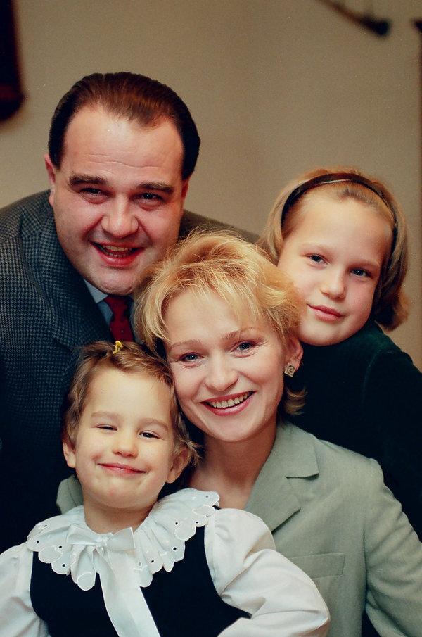Katarzyna Żak, Zuzanna Żak, Aleksandra Żak, Cezary Żak, 1998 rok