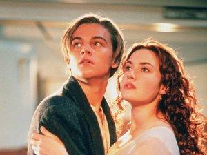 Kate Winslet i Leonardo DiCaprio w filmie Titanic