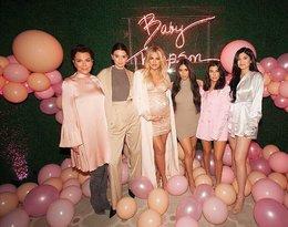 Khloe Kardashian z mamą i siostrami, klan Kardashianek, Kardashianki