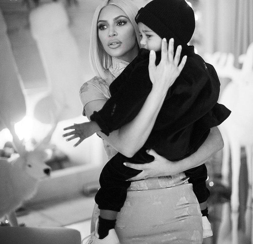 Kim Kardashian, Dzieci gwiazd, Saint West