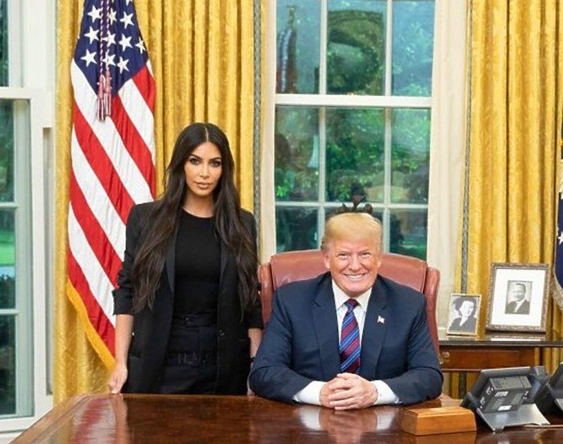 Kim Kardashian w Białym Domu i Donald Trump