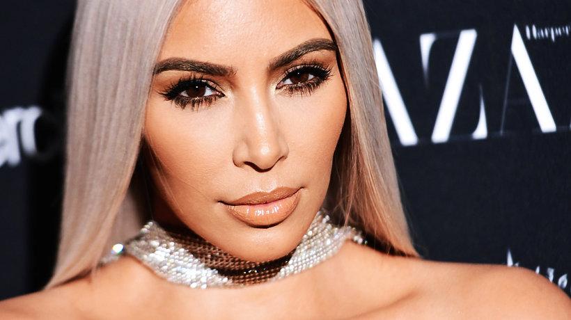 Kim Kardashian z blond włosami
