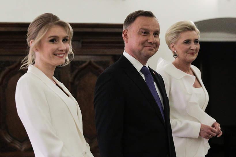 Kinga Duda z rodzicami