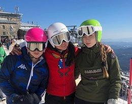 Kinga Rusin z córkami w górach, Pola Lis, Iga Lis