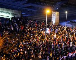 Kondukt żałobny Pawła Adamowicza, oczekujące tłumy