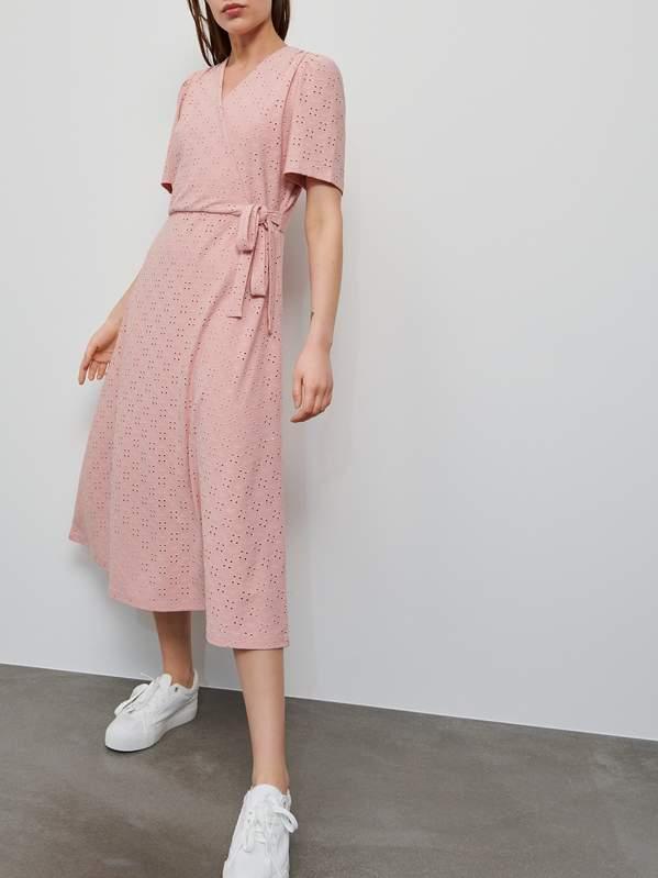 kopertowa-sukienka-reserved-na-lato-2020