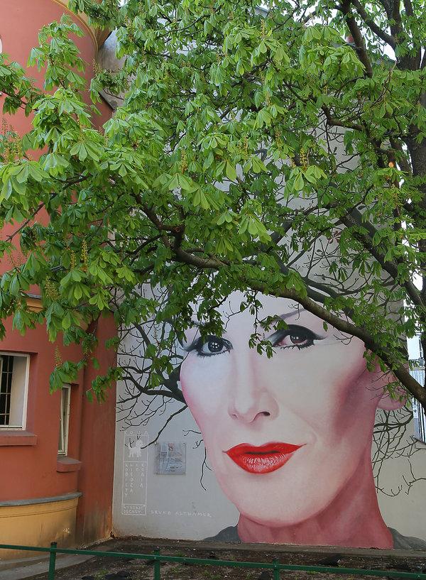 Kora, mural