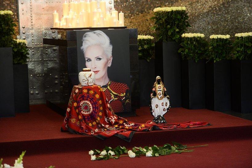 Kora, pogrzeb Kory