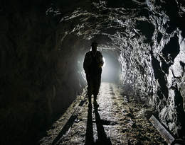 """Koronawirus w Polsce. Górnicy boją się o rodziny: """"Nasze dzieci wytykane są palcami"""""""