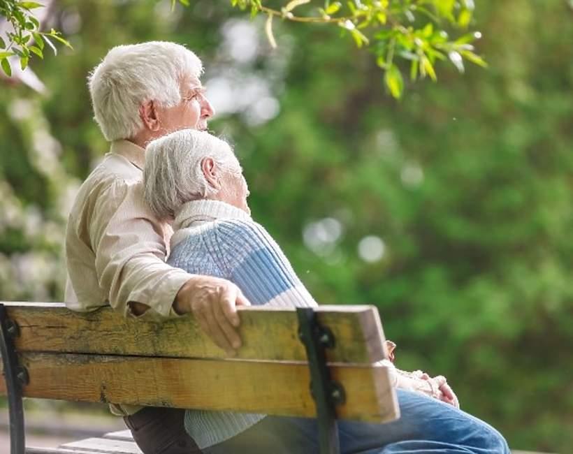 Koronawirus, starsze małżeństwo