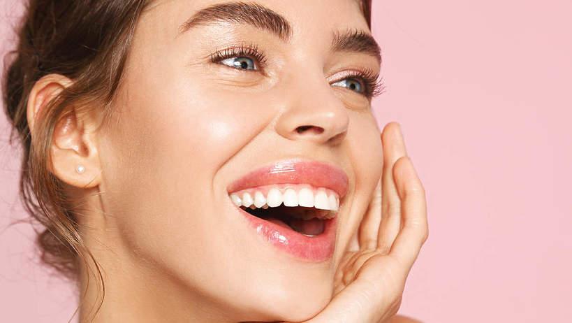 kremy i kosmetyki rozświetlające skórę