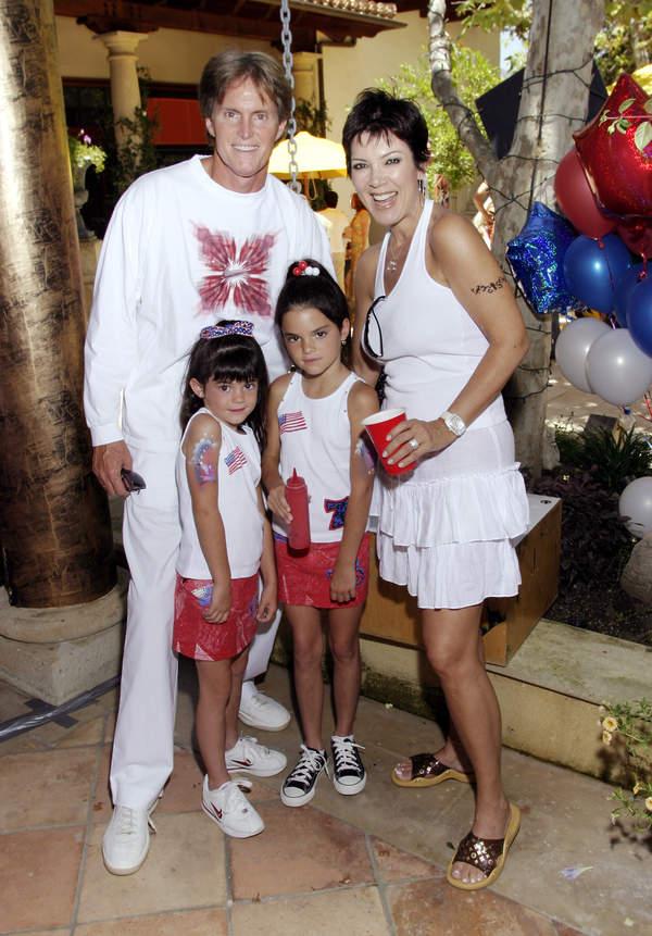 Kris-Jenner-w-mlodosci