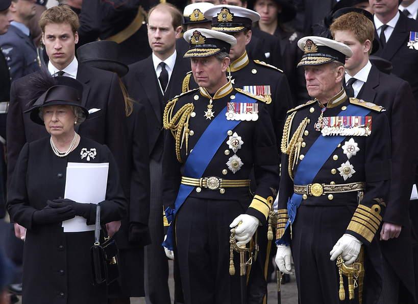 Brytyjska rodzina królewska: tradycje podczas pogrzebów