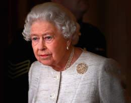 Elżbieta II wyróżniła kilka osób z rodziny królewskiej. Przygotowuje się do oddania tronu?
