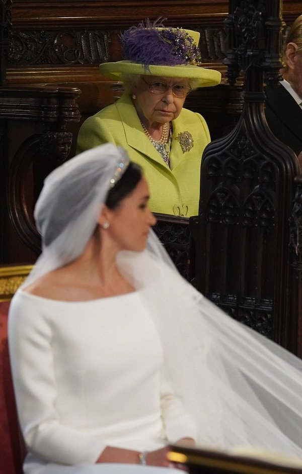 Królowa Elżbieta II i na ślubie Meghan Markle i księcia Harry'ego