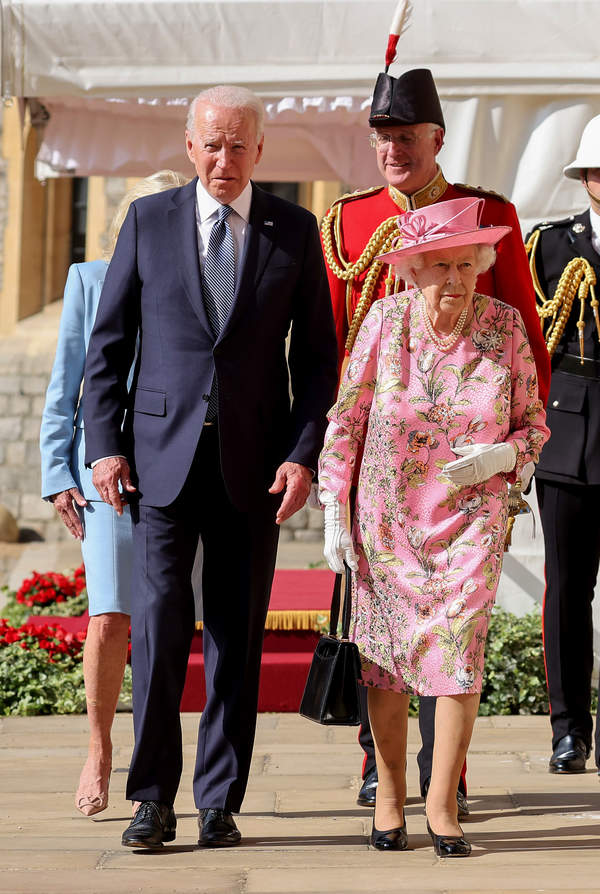królowa Elżbieta II, Joe Biden królewski protokół