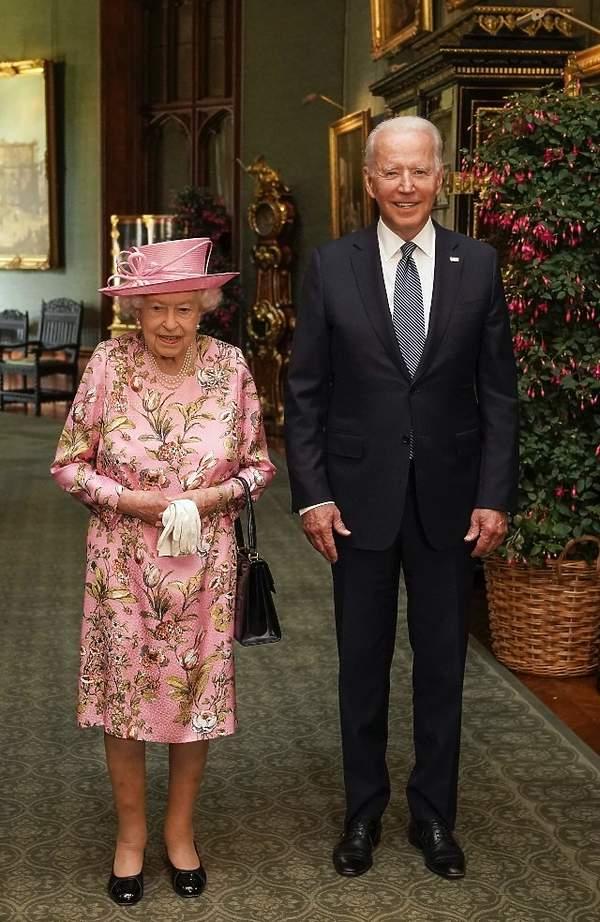 królowa Elżbieta II, Joe Biden wpadka
